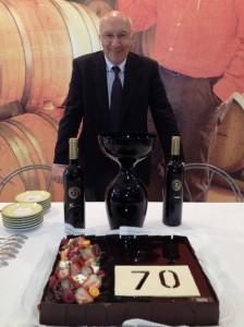 """Presentando nuestro vino """"Fariña Especial 70 Aniversario"""", elaborado con la uva Tempranillo, en Barcelona."""